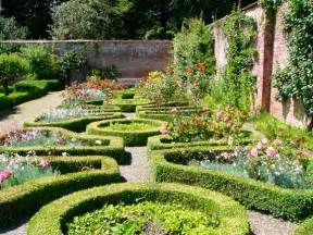 Formal Garden Designs - formal garden design ideas
