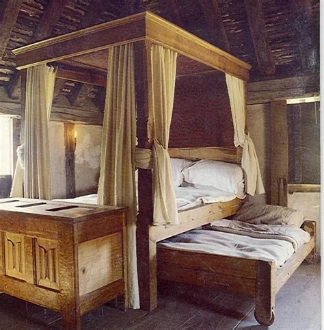 medieval bedroom decor best 25 medieval bedroom ideas on pinterest castle