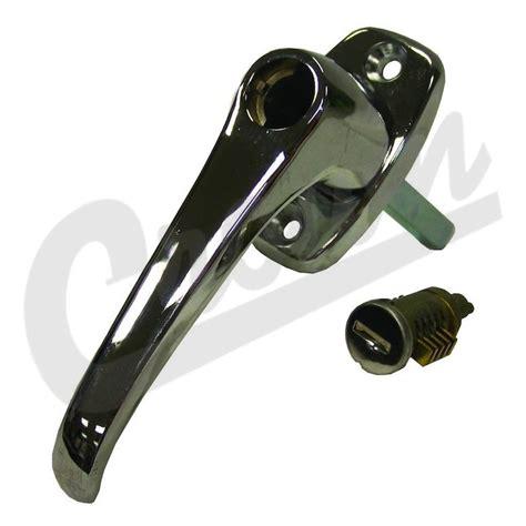 Zj Interior 8128461 Chrome Door Handle With Lock Cylinder Lh Or Rh