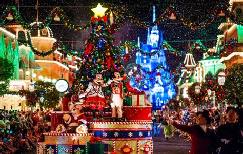 wallpaper de natal disney a festa de natal da disney mickey s very merry christmas