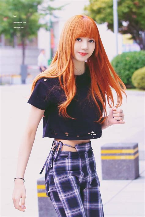 pictures  blackpinks lisa  shows  shes