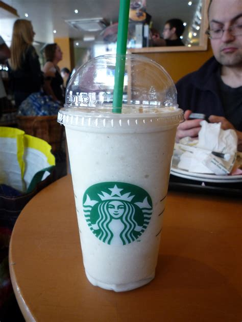 Your Favorite Flavor Probably Isnt Plain Vanilla by Which Starbucks Frappuccino 174 Should You Get Based On Your
