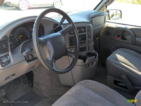 Astro Interior by Pewter Interior 2001 Chevrolet Astro Passenger Photo