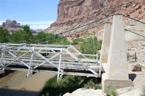 swinging bridge utah bridgemeister san rafael swinging bridge