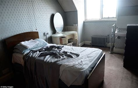 bed used in a time warp the shipping magnate s 40 bedroom