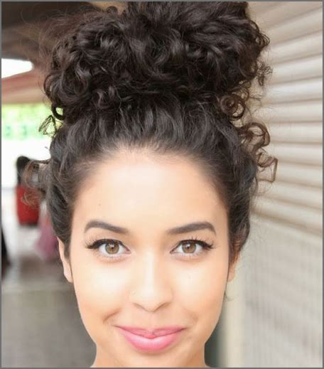 hairstyles curly hair games 5 fun everyday hairstyles your curly hair will love