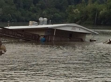 sinking pa floating restaurant sinks into pa river pennlive com