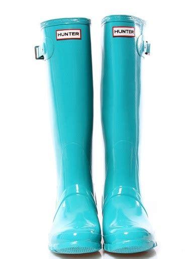 light blue hunter boots light blue hunter rain boots rainy days pinterest