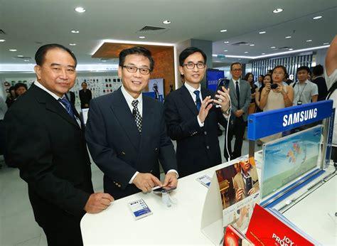 Tv Samsung Di Malaysia samsung membuka pusat sehenti terbesar di malaysia amanz
