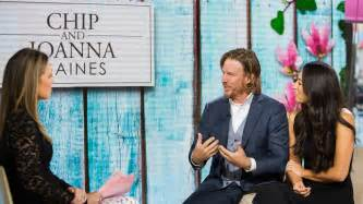 chip and joanna gaines fixer upper hosts chip and joanna gaines on marriage