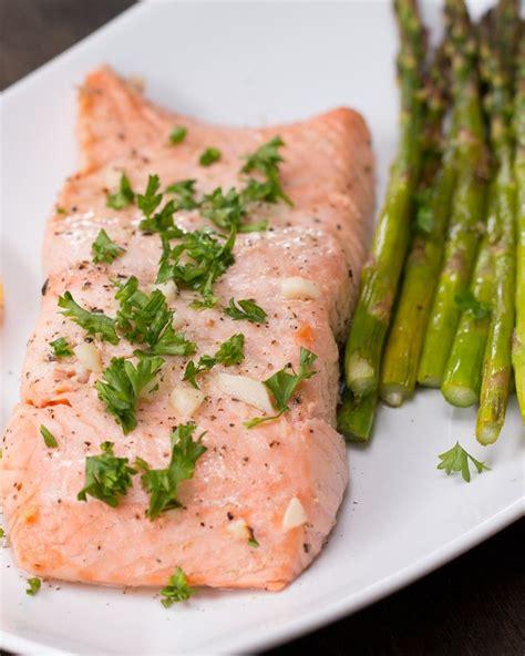 cuisiner des asperges vertes pr 233 parez vous des papillotes de saumon et asperges pour