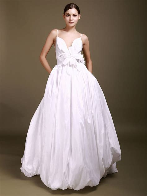 8 Gorgeous Dresses by 8 Beautiful Wedding Dresses For 500