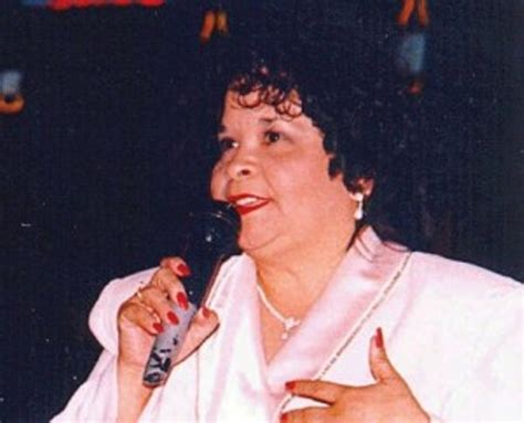 selena quintanilla yolanda saldivar no selena s killer yolanda saldivar is not being