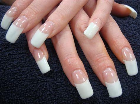 Curved Nails Design
