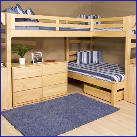 Bunk Beds With Underneath by Bunk Beds With Desk Underneath View Gallery Of