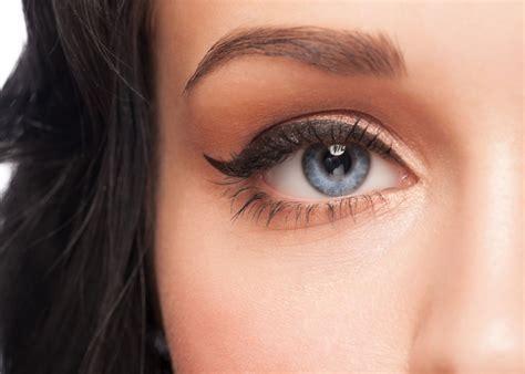 tutorial eyeliner occhi piccoli come applicare l eyeliner trucchi e metodi