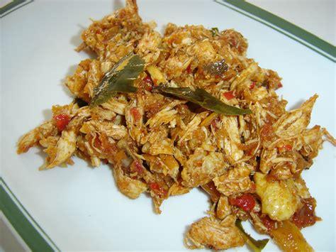tasty indonesian food ayam suwir pedas