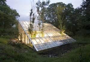 Green Home Design Tips 17 Maisons Habilement Camoufl 233 Es Dans Le Paysage