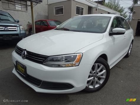 volkswagen sedan white 2014 pure white volkswagen jetta se sedan 115483973 photo