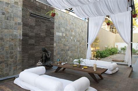 moroccan patios courtyards ideas photos decor and