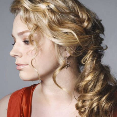 13 stunning ponytail hairstyles for curly hair pretty simple hairstyle for curly hair