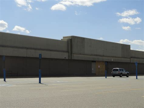 home depot still planned at former k mart levittown ny