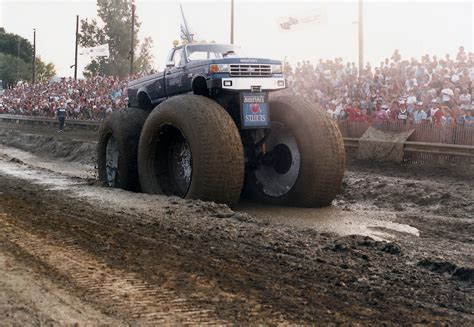 bigfoot truck history bigfoot vs usa 1 the birth of truck madness