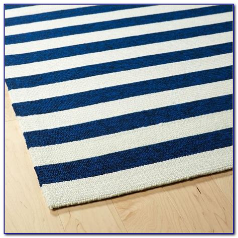 white striped rug and white striped rug runner rugs home decorating ideas lnypleeygx