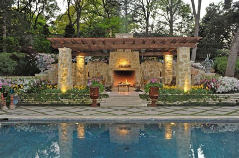 Outdoor Living Spaces By Harold Leidner Backyard Living Pools