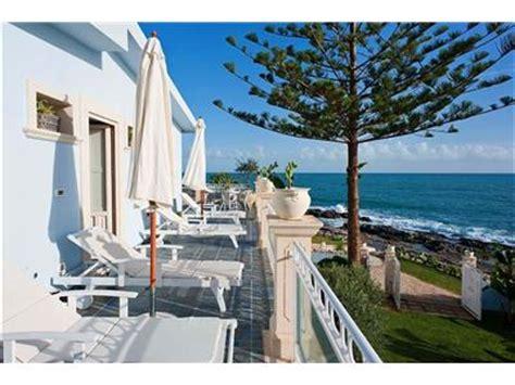 appartamenti sul mare sicilia affitto villa siracusa sicilia villa sul mare in affitto