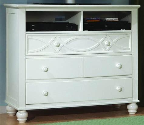 sanibel bedroom furniture homelegance 2119w sanibel bedroom set in white
