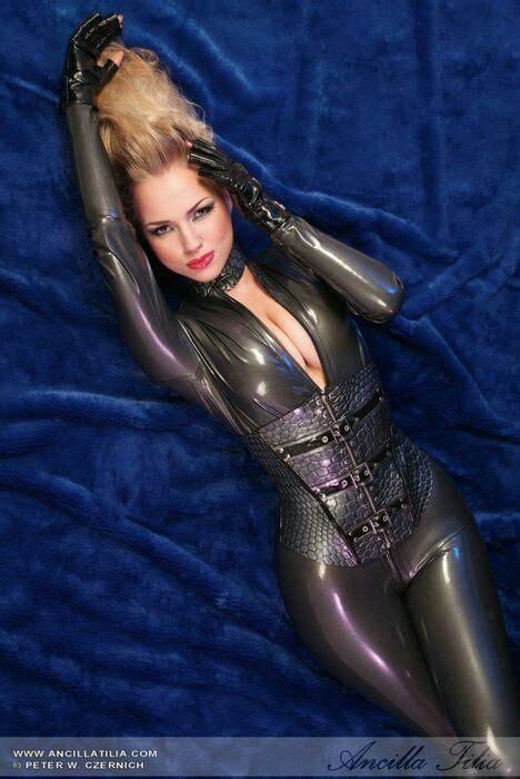 vacuum bed porn showing porn images for vacuum bed latex catsuit porn www nopeporn com