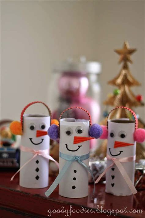 what are crafts to make for christmas out of styrofoam goodyfoodies easy crafts for how to make a snowman with toilet roll