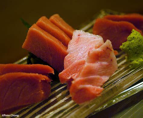 Fish Maguro Sashimi ho chiak tsukiji market and the best sushi