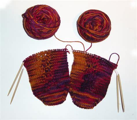 knit 2 socks on 1 circular needle judy coates perez june 2006