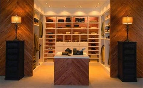 Cedar Walk In Closet by 1000 Images About Cedar Closets On