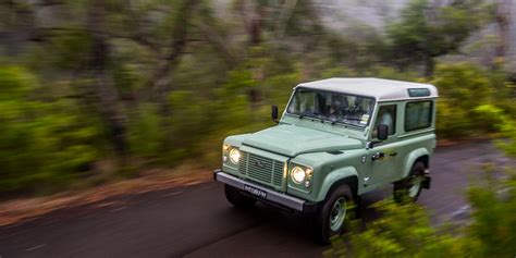 land rover defender 110 2016 2016 land rover defender 90 review caradvice
