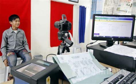 pembuatan ktp palsu di jakarta urus ktp jakarta petugas di kelurahan minta rp 400 ribu
