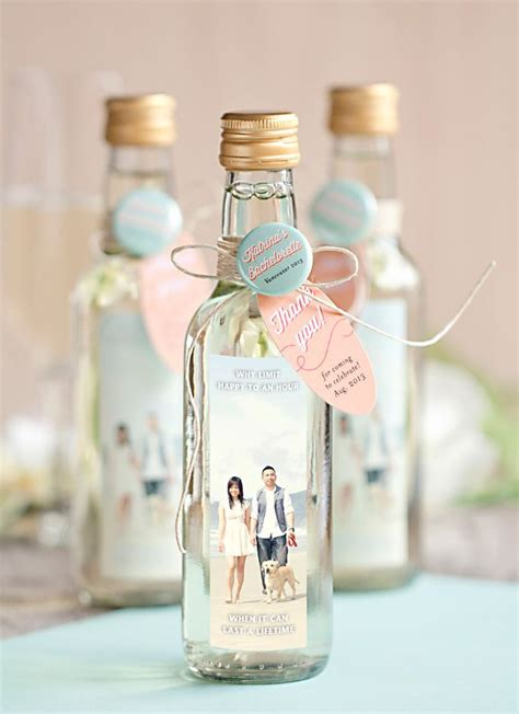 cutest favor  wedding gifts  guests wedding