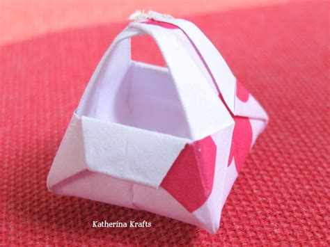 Folded Paper Basket - katherina krafts january 2012