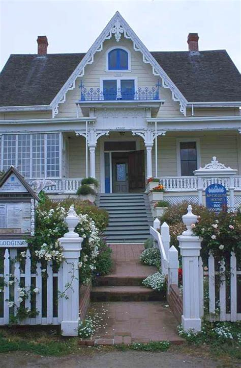 Carpenter Style House | world architecture images carpenter gothic architecture