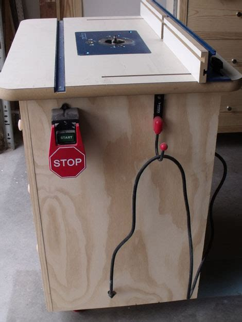 Build Your Own Router Table by White S Router Table Plans Diy Projects