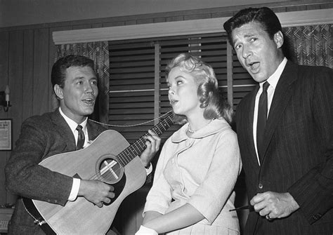 roger smith star of 77 sunset strip dies at age 84