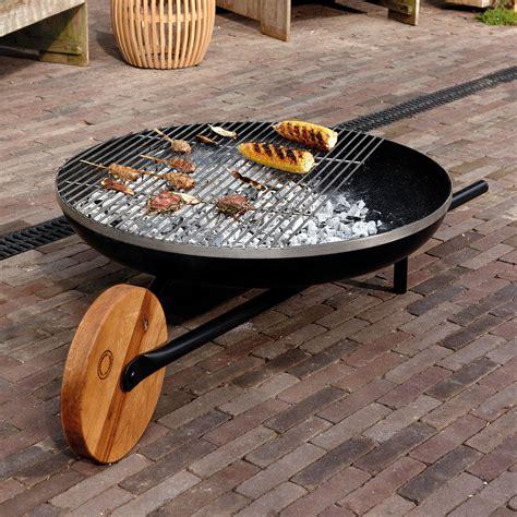 grill feuerschale barrow feuerschale mit grillfunktion konstantin slawinski