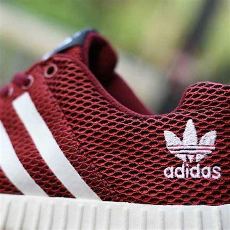 Sepatu Adidas Yeeze Boost sepatu sport adidas yeezy boost merah ayb 007 omsepatu