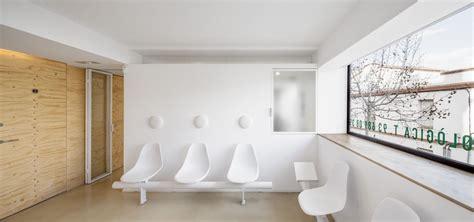 design interior of dental clinic gallery of dental clinic in torrelles sergi pons 6