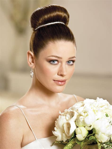 wedding hairstyles guide best wedding hairs - Wedding Hairstyles Guide