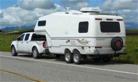 image small fifth wheel trailer quantum interior 2 nomad 5th wheel12 - Small 5th Wheel Trailers