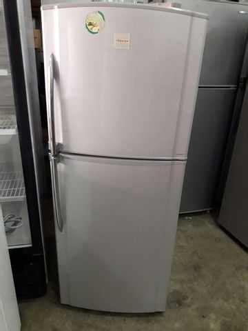 Freezer Toshiba Second refrigerator ais sejuk peti fridge freezer toshiba 2 pintu