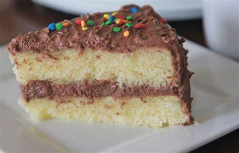 finally that perfect homemade yellow cake best 25 moist yellow cakes ideas on pinterest yellow